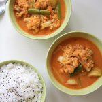 Warzywne curry z kalafiorem