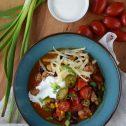 Pikantne fasolowe chili z indykiem