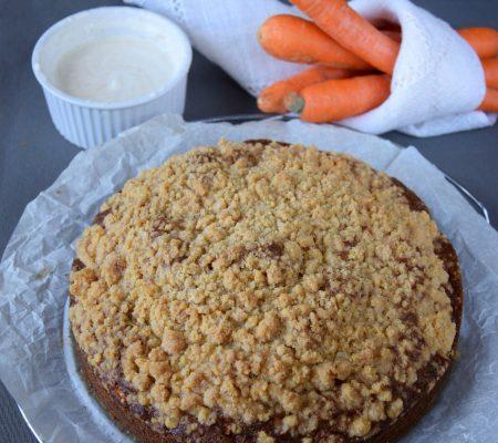Ciasto marchewkowe z kruszonką i polewą