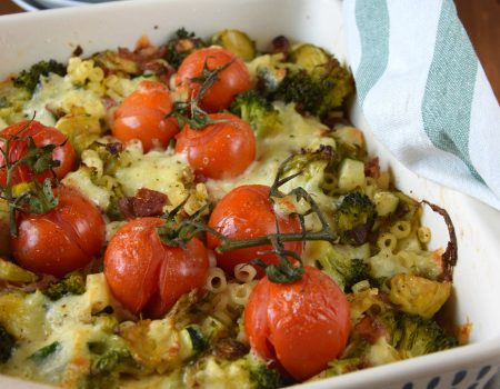 Zapiekanka makaronowa z zielonymi warzywami