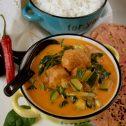 Czerwone curry z klopsikami z indyka