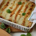 Naleśnikowe cannelloni z boczkiem i szpinakiem