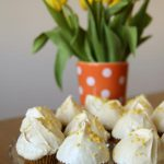 Muffinki marchewkowe z lukrem królewskim