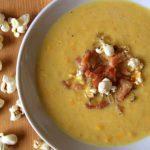 Zupa z kukurydzy z boczkiem i popcornem