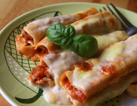 Cannelloni z sosem bolognese