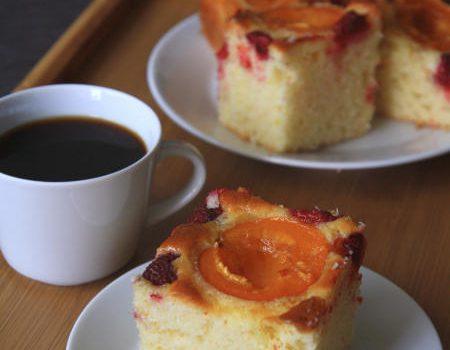 Morelowo-malinowe ciasto cytrynowe