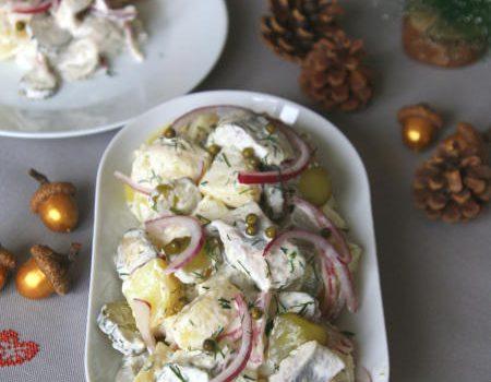 Sałatka śledziowa z ziemniakami i ogórkiem kiszonym