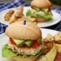 Drobiowe burgery z mega chrupiącymi ziemniaczkami