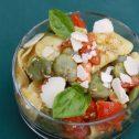 Makaron z bobem, pomidorami i pesto bazyliowym